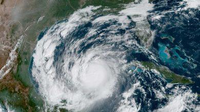 صورة العاصفة الاستوائية زيتا تتجه نحو ساحل يوكاتان في المكسيك