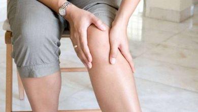 صورة خطوات علاج خشونة الركبة بالاعشاب